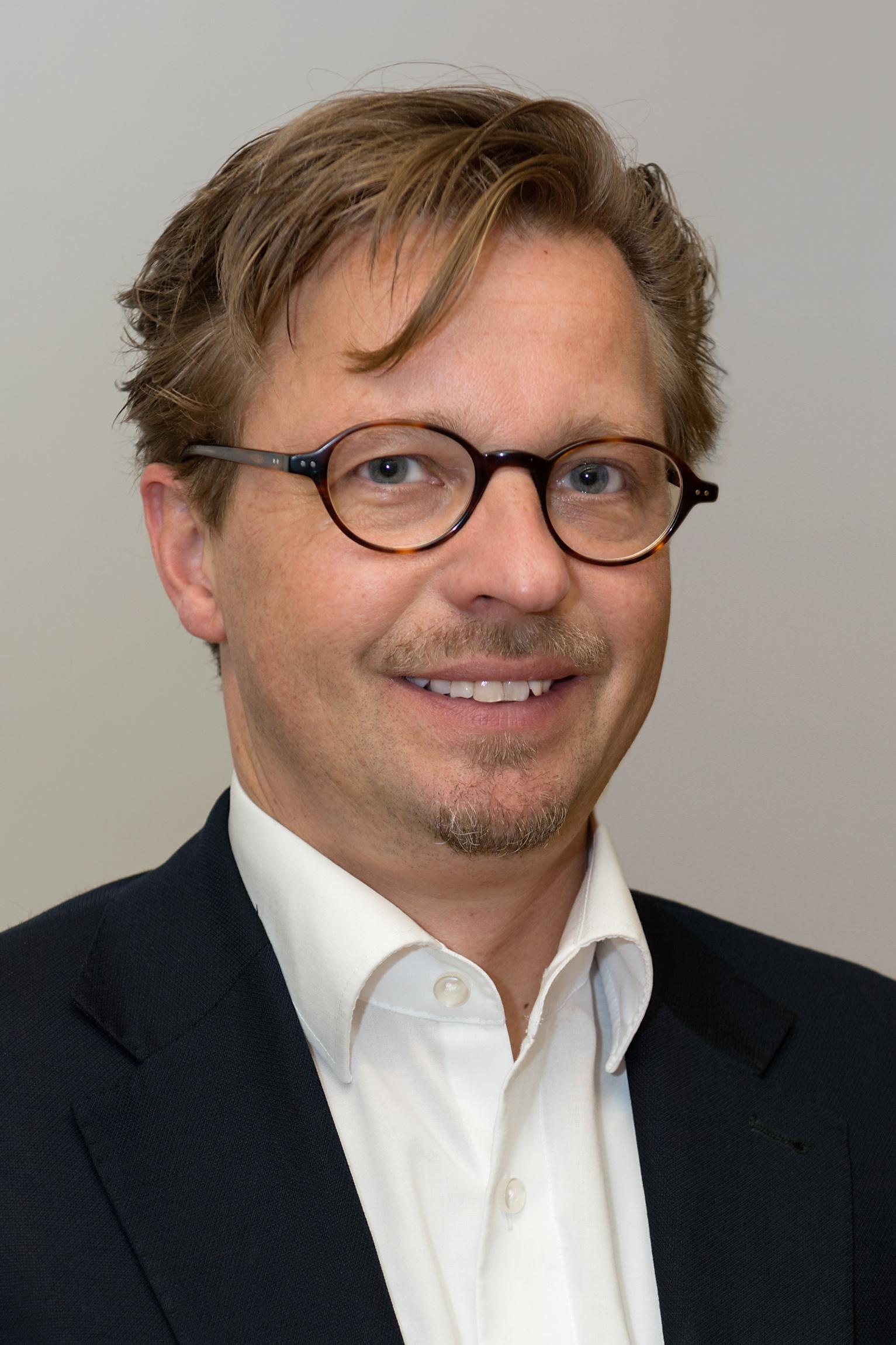 professor j rgen becker has been appointed to the westdeutsches tumorzentrum in essen. Black Bedroom Furniture Sets. Home Design Ideas
